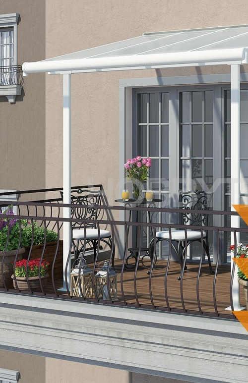 Hliníkový přístřešek na balkon v bílém designu