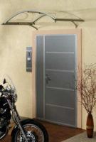Oblouková vchodová stříška v několika barvách