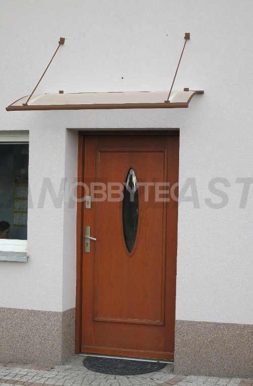 Vchodová stříška nad dveře z kvalitního materiálu