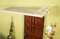 Vchodová stříška v bílém či hnědém provedení