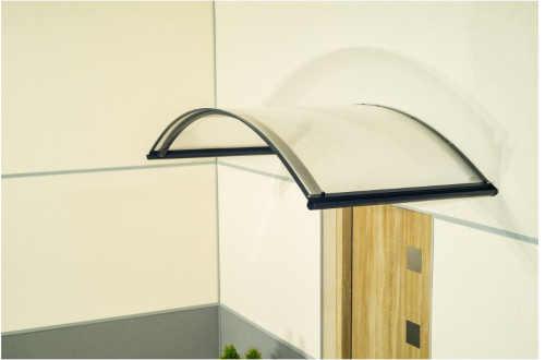 stříška nad dveře v moderním designu